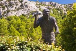 tautavel-musee-préhistoire-camping-la-tour-de-france